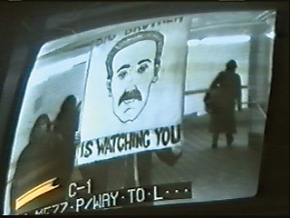 41──《ジョージ・オーウェルの『1984』に捧げるパフォーマンス》1998/1999 Video Courtesy Surveillance Camera Players Photo: Videostill ZKM CTRL[SPACE] exhibition